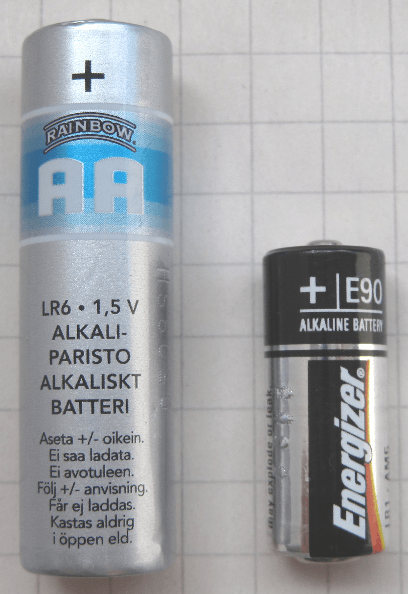 N rechargeable battery with AA for comparison
