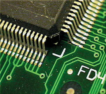 SMT board to board connector