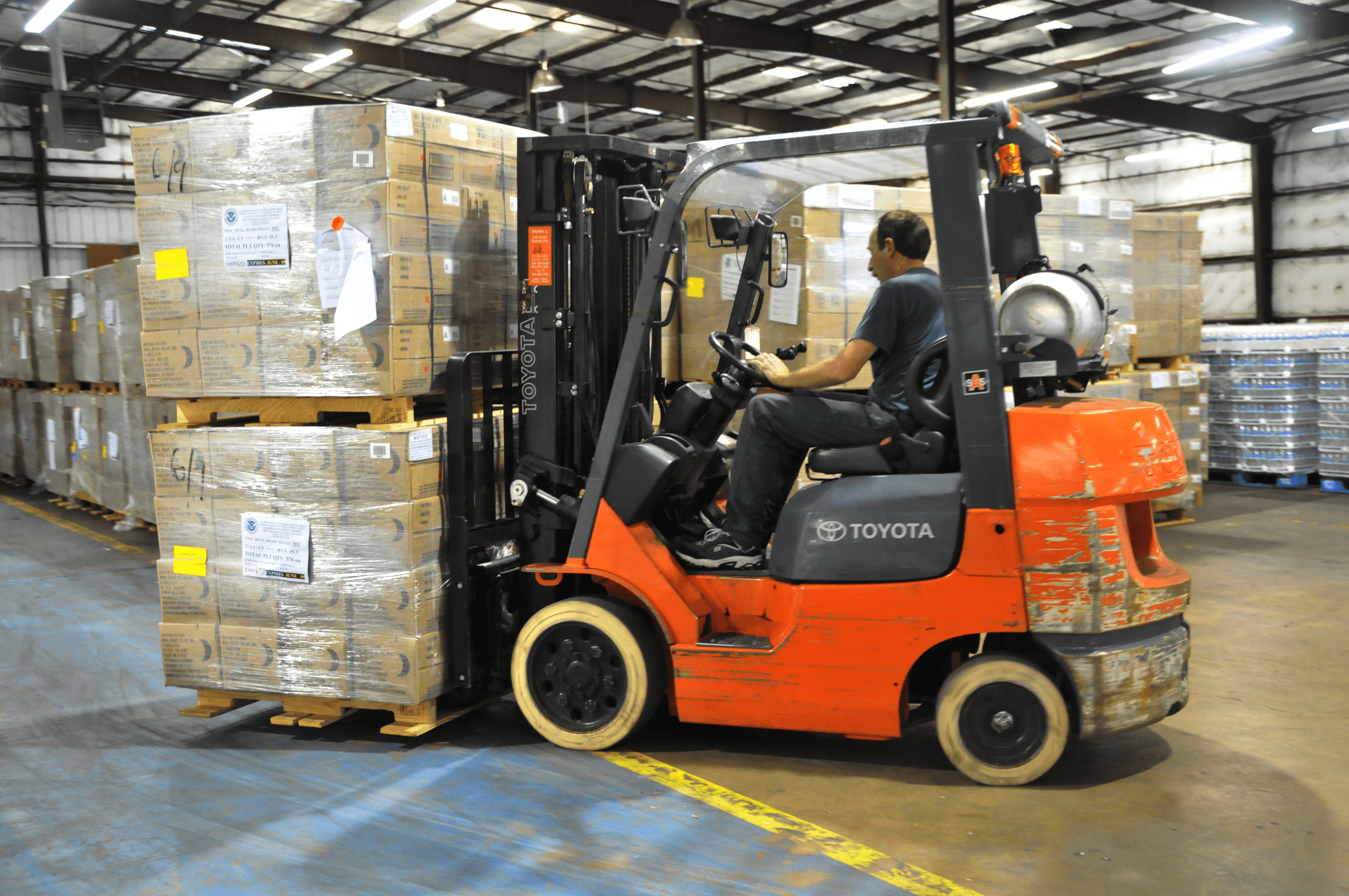 Selecting warehouse management systems