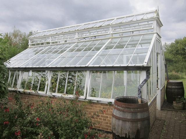 Research and commercial greenhouses information for Victorian style greenhouse