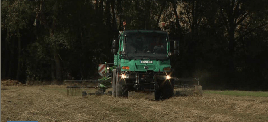 Selecting agricultural utility vehicles