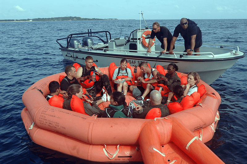 Lifeboats and Life Rafts Selection Guide | Engineering360