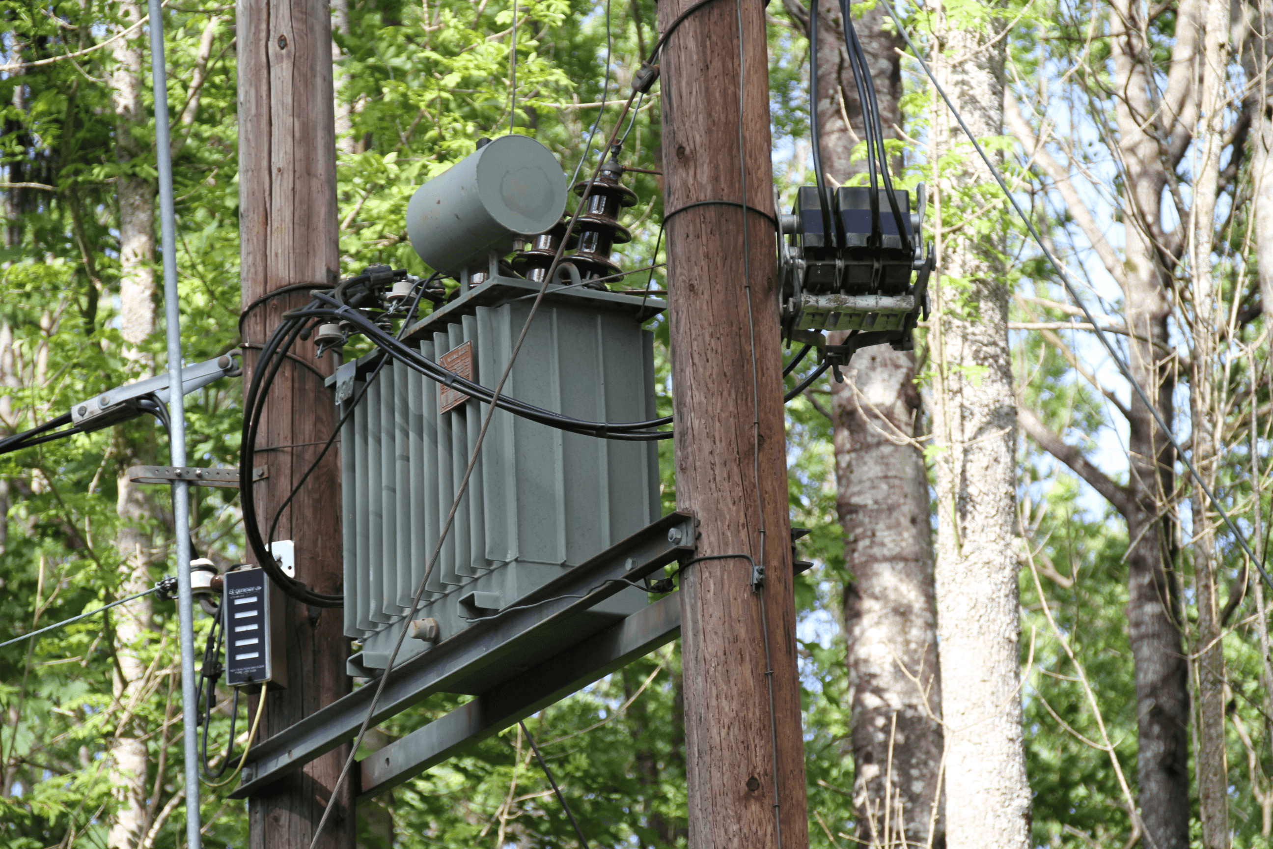 Three Phase Uninterruptible Power Supplies Ups Information Rack Mounted Wiring Diagram