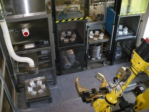 Industrial Material Handling With A FANUC robot-Image