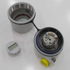 Programmable Dual Input Temperature Transmitter-Image