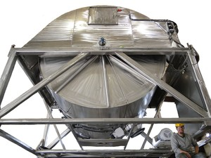 Sanitary Dry Blending in the Mk 8 Rollo-Mixer -Image