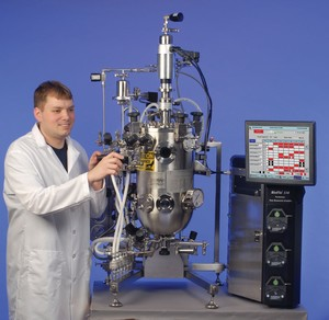 Pilot to Production Fermentors & Bioreactors -Image