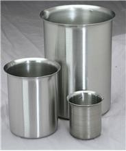 STAINLESS STEEL BEAKER with Spout...Cynmar Corp-Image