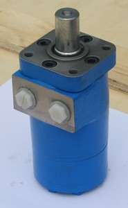 Hydraulic Motors For Salt Spreaders-Image