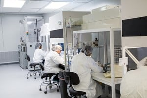 Bearing Cleanroom and Re-lubrication Center-Image