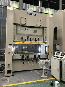 Automatic Punching Machine For Making Metal Parts-Image