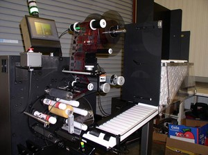 CTM 360a Labeler for Tubes & Cylinders-Image